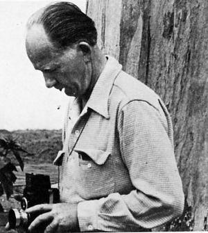 Lincoln Logs inventor John Lloyd Wright