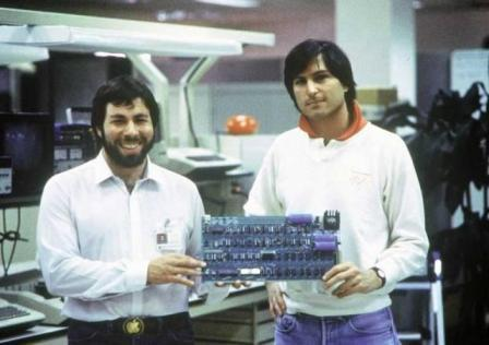 First Apple Computer-Inventor-Steve Jobs - Steve Wozniak